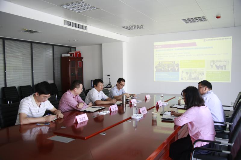 航天产业基地军民融合促进局局长郭芃一行莅临公司指导工作
