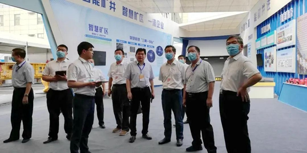 杨照乾在全国煤矿智能化建设现场推进会上作交流发言